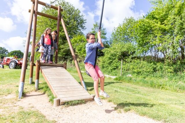 la tyrolienne parc de loisirs et aire de jeux finistère les jeux